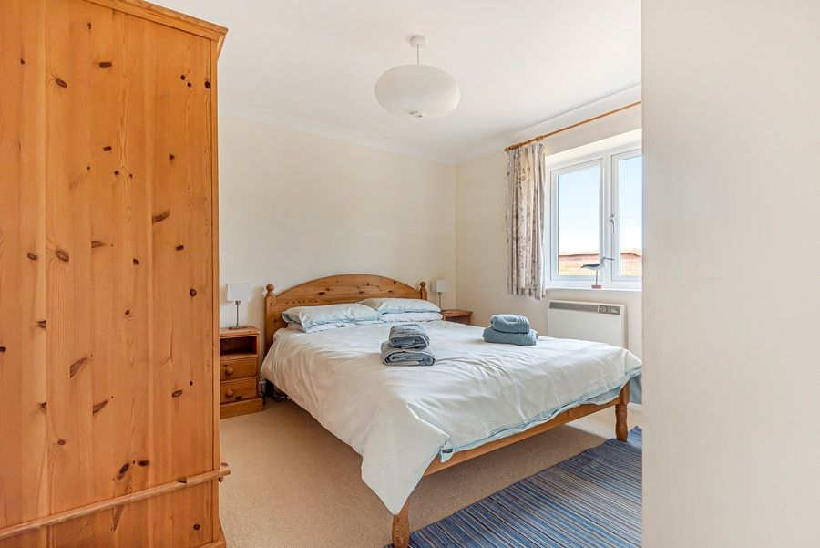 Field Cottage in Brancaster Staithe | Bedroom 1