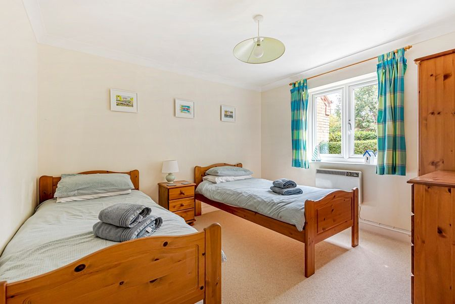 Field Cottage in Brancaster Staithe | Bedroom 2