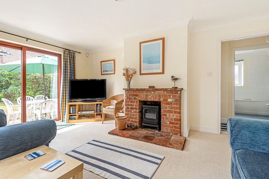 Field Cottage in Brancaster Staithe | Sitting room