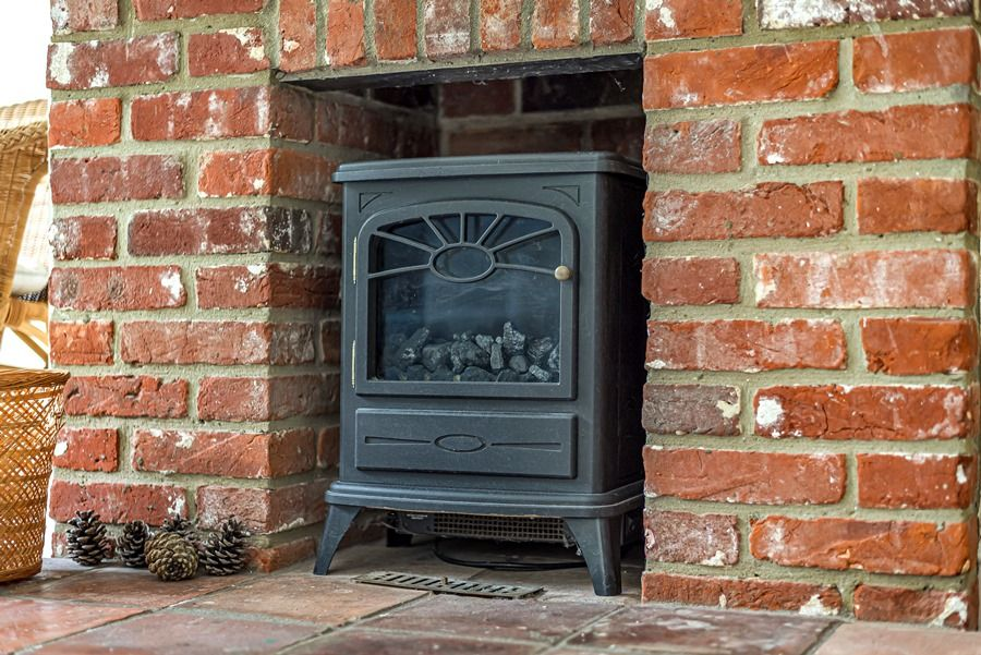 Field Cottage in Brancaster Staithe | Electric Fire