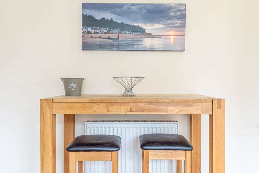 The New Cottage | Breakfast bar