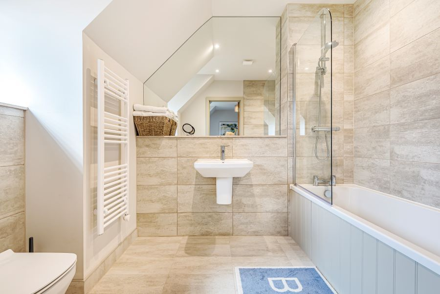 Allerdale House | Bedroom 1 ensuite