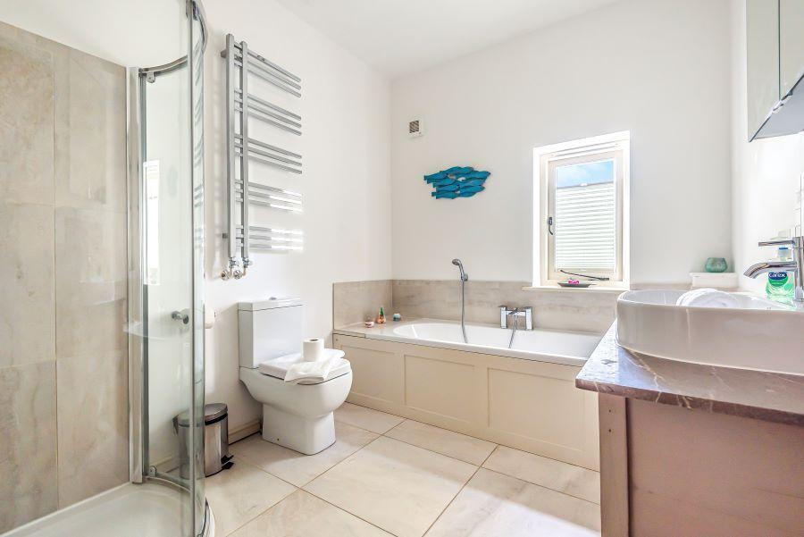 Eden House   Bathroom