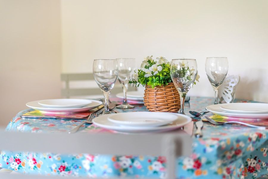 Hope Cottage in Docking | Kitchen table