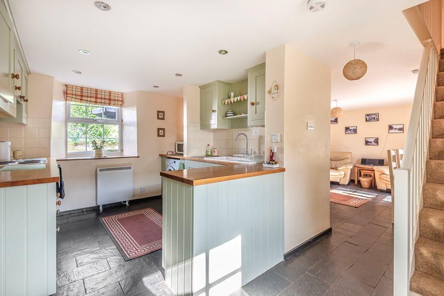 Virginia Cottage   Kitchen