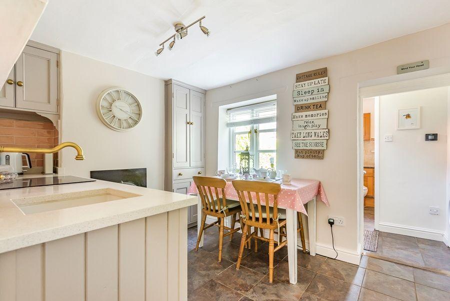 Nelson Cottage | Kitchen/dining