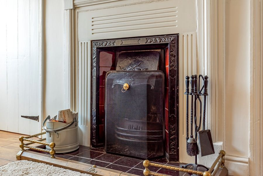 Nelson Cottage | Fireplace