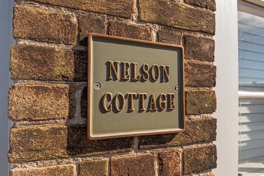 Nelson Cottage |