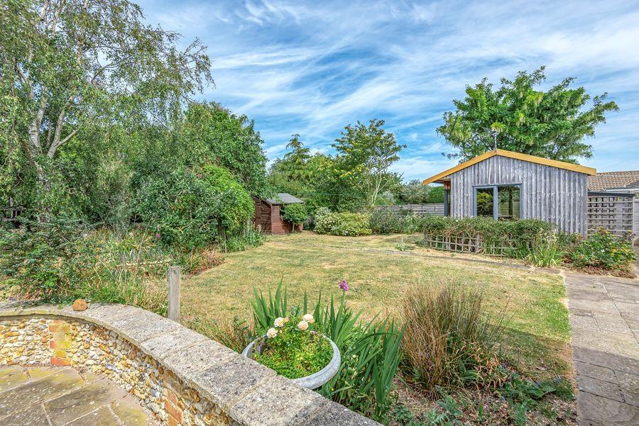 Rose Cottage Brancaster Staithe | Rear garden