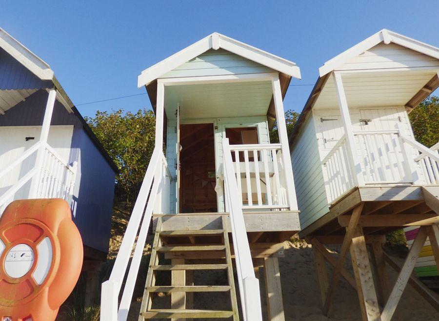 Wells Beach Hut | Steps up