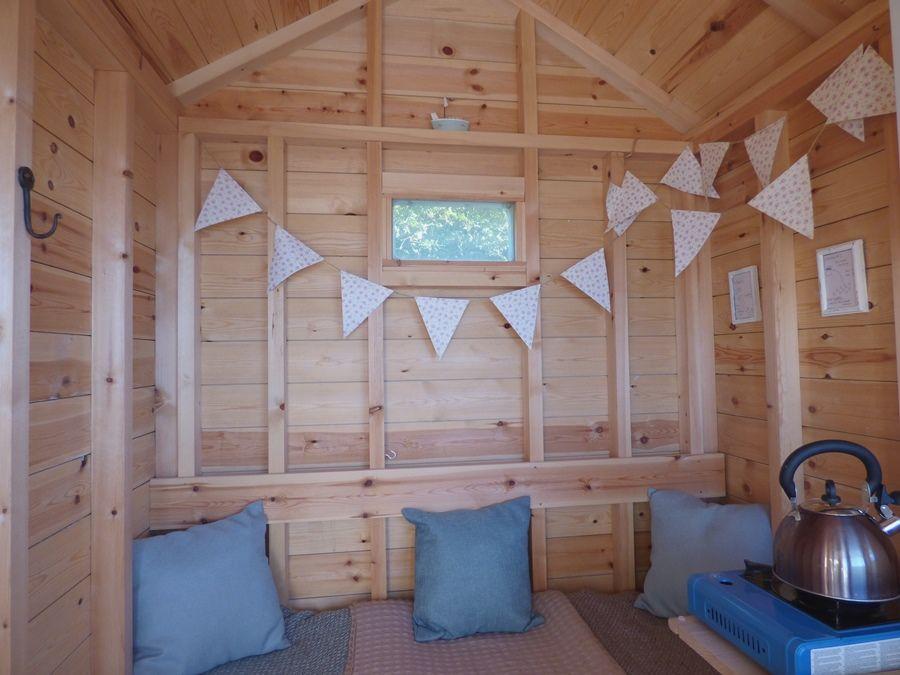Wells Beach Hut | Sofa