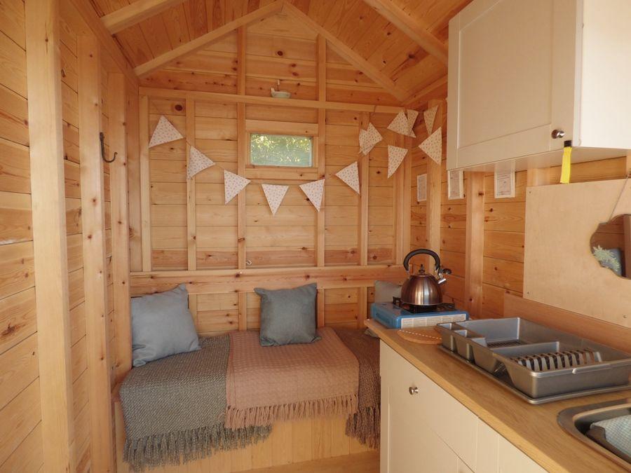 Wells Beach Hut | Cosy hut
