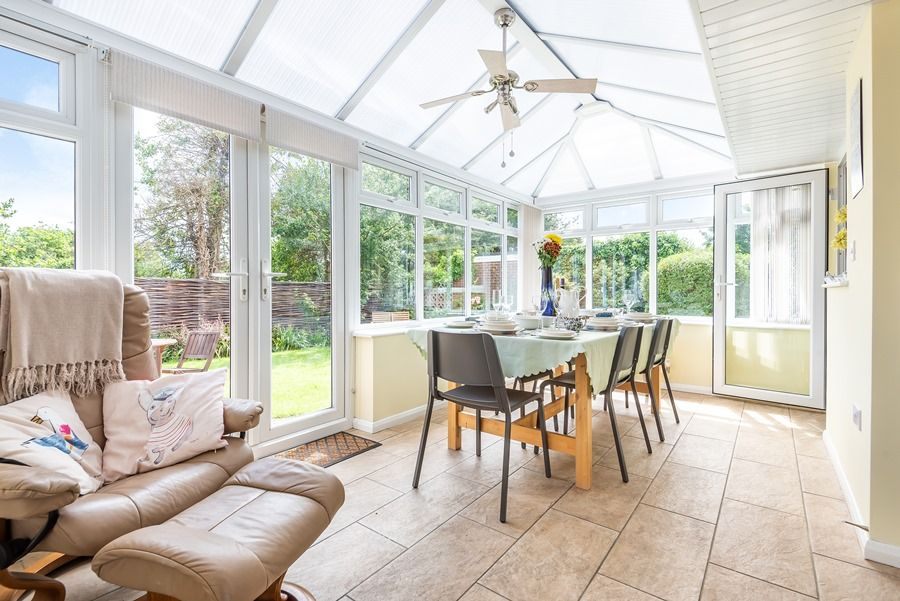 Harpers | Conservatory dining area