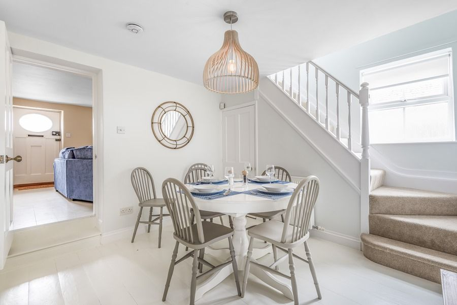 Dolphin Cottage Brancaster Staithe | Dining area