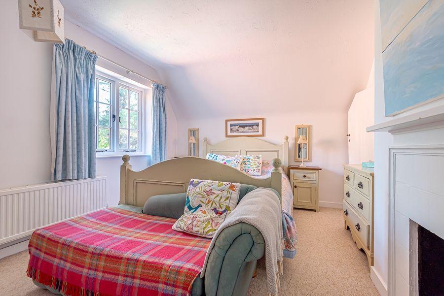 East Cottage   Bedroom 1