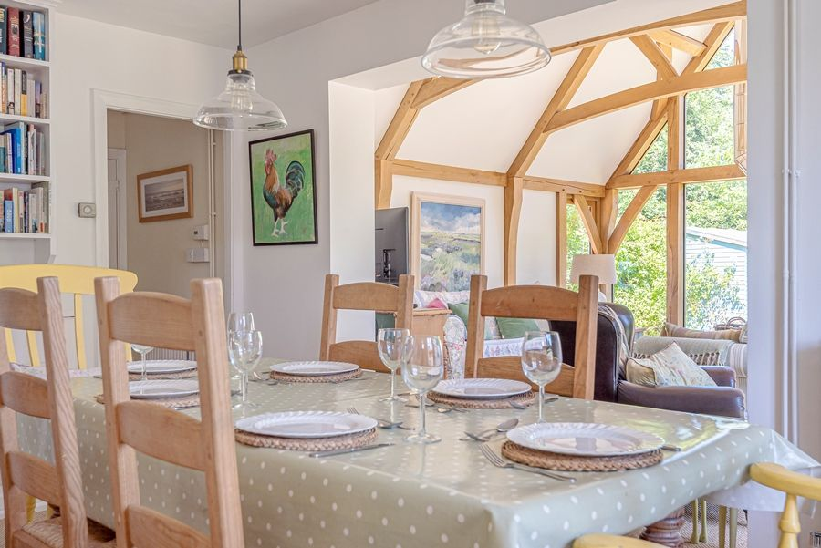 East Cottage   Dining table