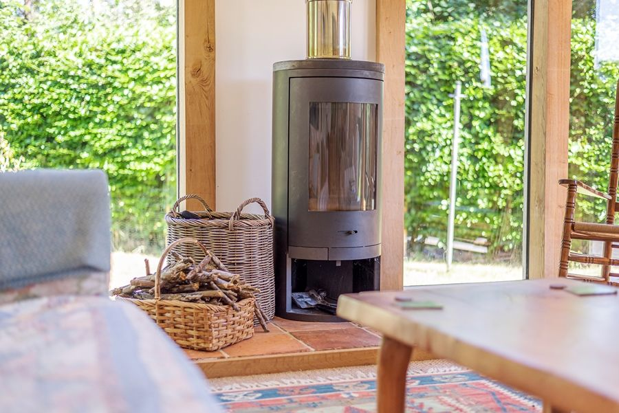 East Cottage | Contemporary wood burner