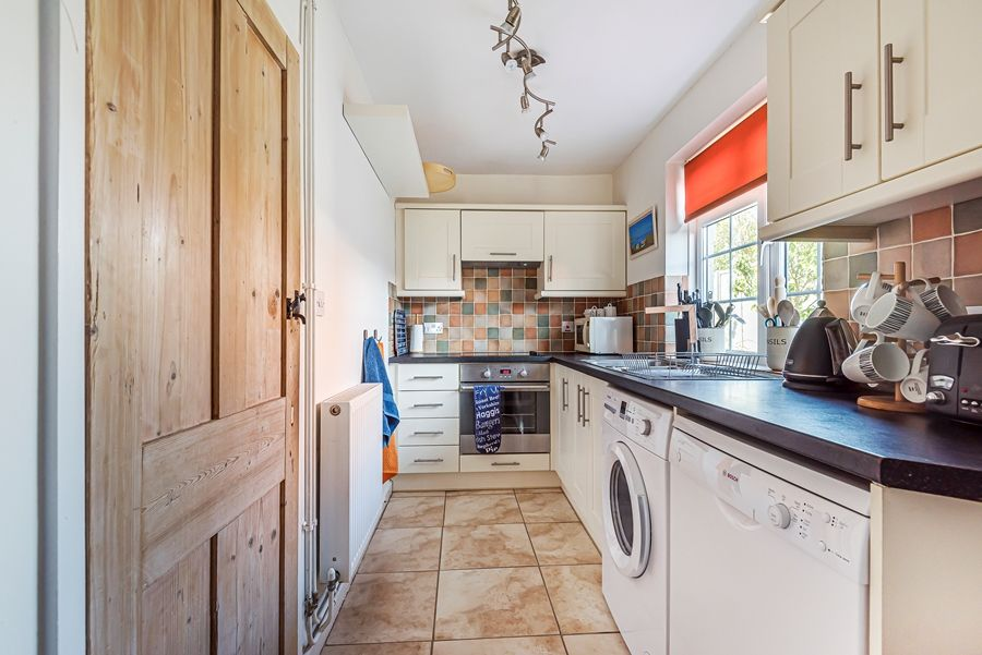 Samphire Cottage | Kitchen