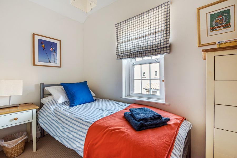 Samphire Cottage | Bedroom 3