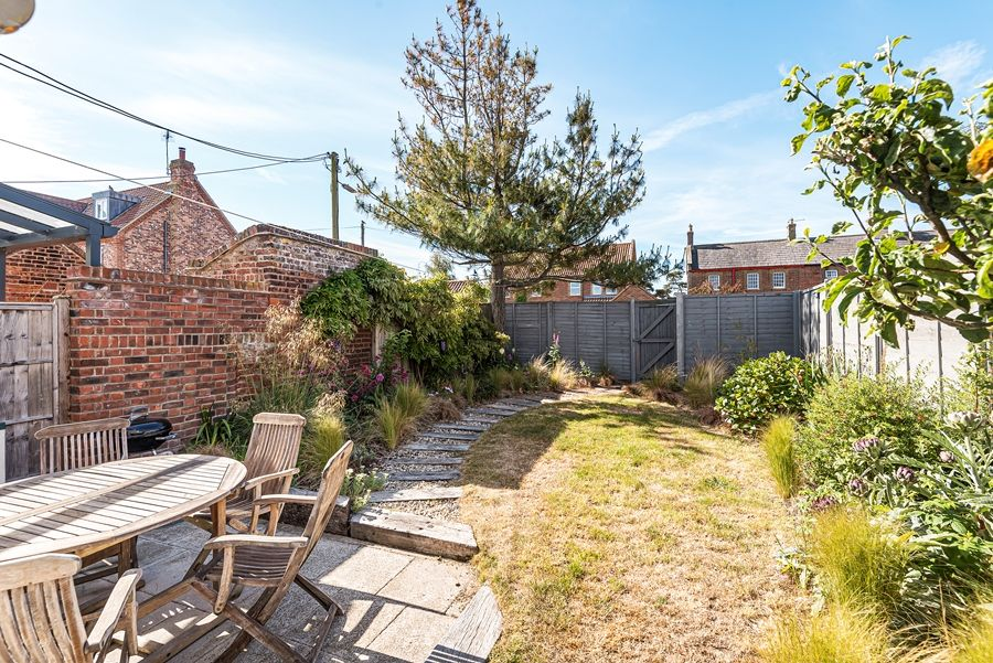 Samphire Cottage | Garden