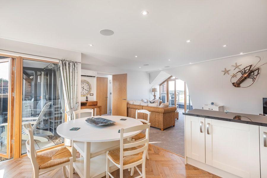 Peewits Penthouse | Kitchen