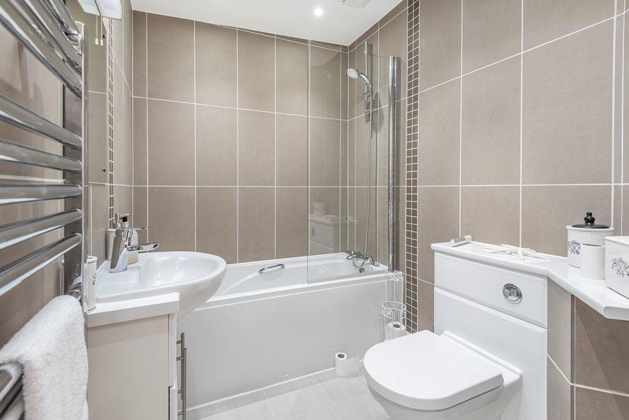 Peewits Penthouse | Bathroom