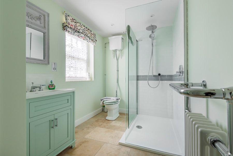 Rosemary House | Shower room
