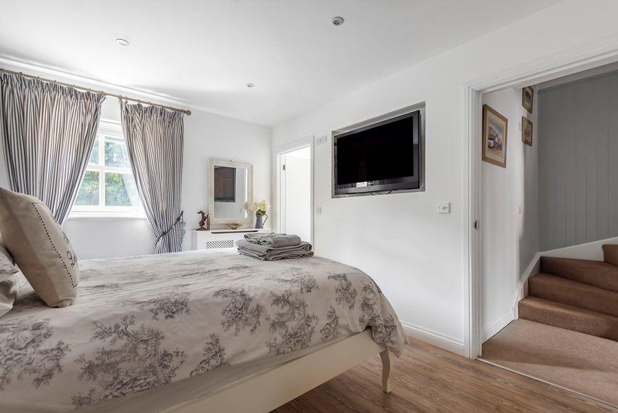 Harbour View | Bedroom 1