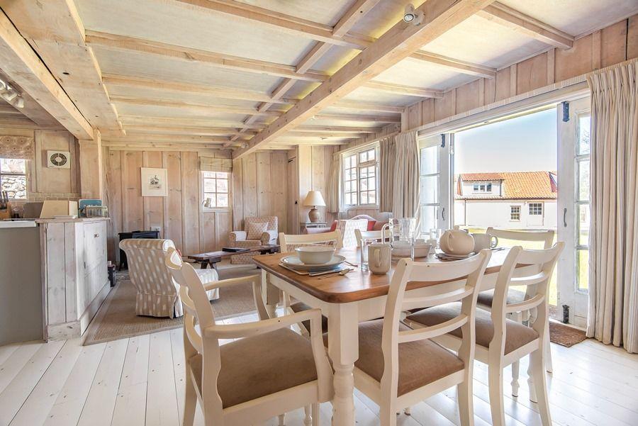 Flagstaff Garden House | Dining area