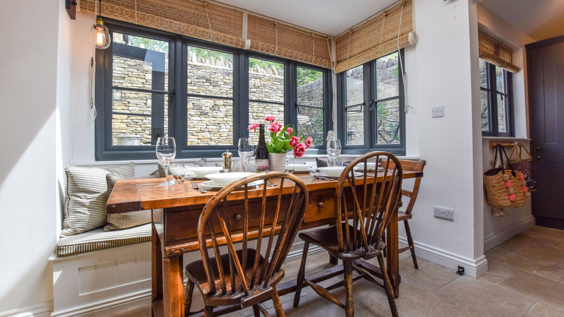 Dining area, Brown's Cottage, Bolthole Retreats