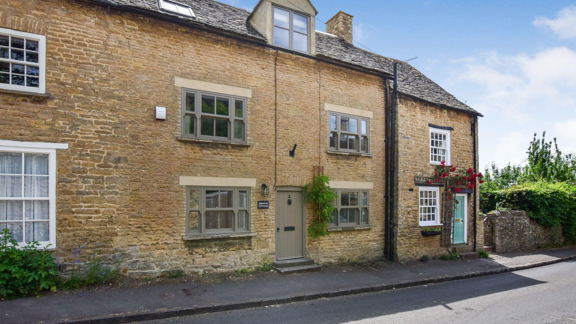 Exterior Front, Brown's Cottage, Bolthole Retreats