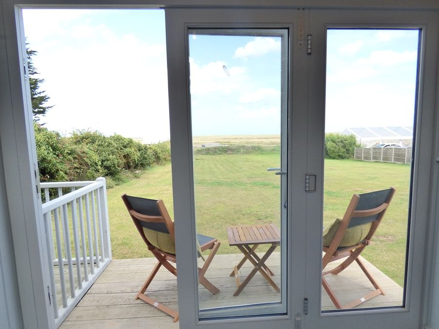 Dolphin Cottage Brancaster Staithe | Hut with a view