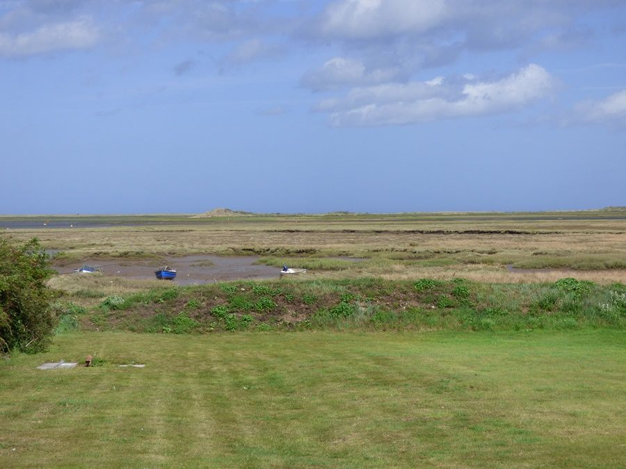 Dolphin Cottage Brancaster Staithe | Stunning view from hut