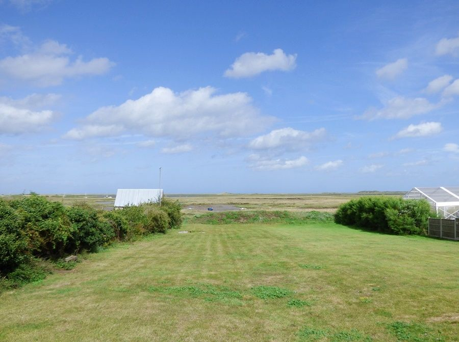 Dolphin Cottage Brancaster Staithe | Access to coastal path