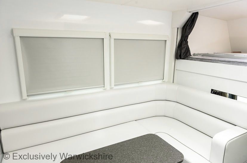 Luxury Equestrian Accommodation - 7.5t Self-Drive Horsebox