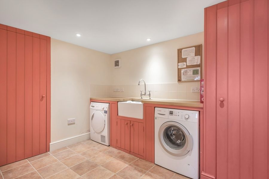 Flagstaff Boathouse | Laundry room