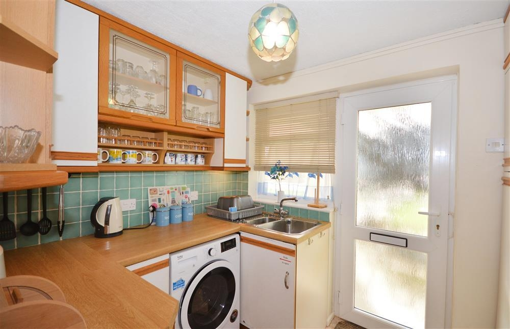 Wheal Ramoth D9 - Kitchen