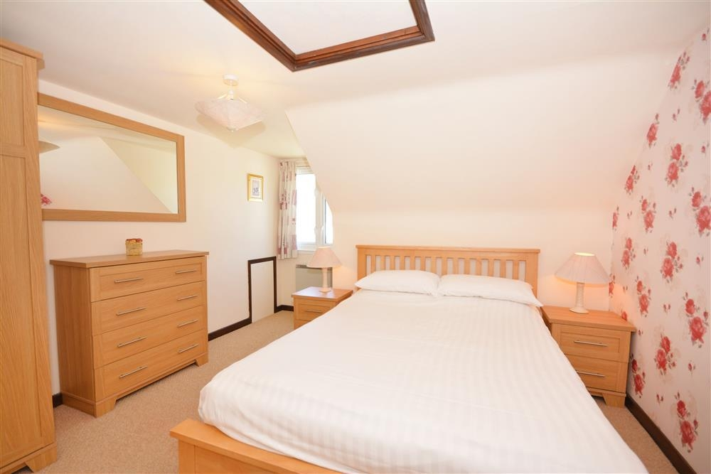 Wheal Ramoth D14 - Double Bedroom