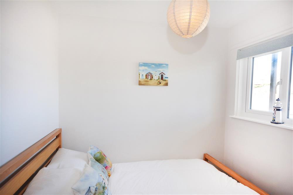 Ammonite Surf - Second Bedroom