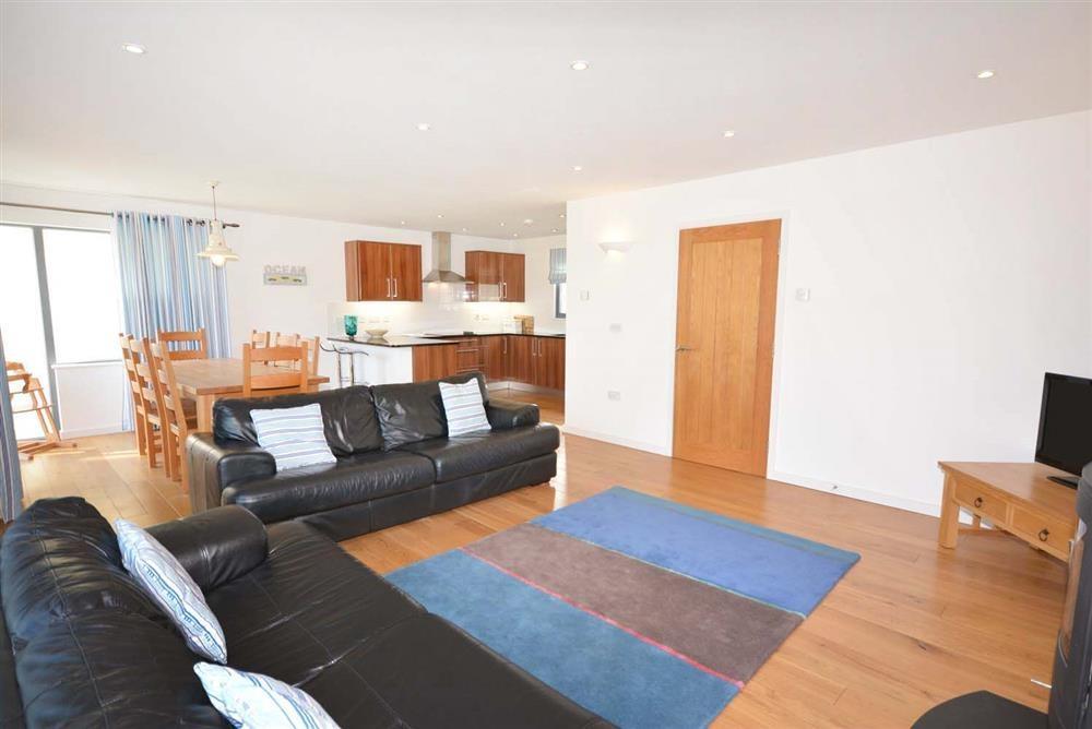 Brea House - Living Area