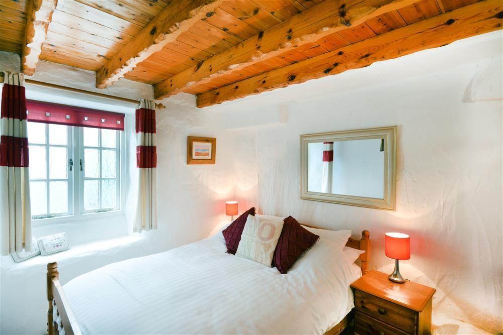 Cliff Nook - Bedroom