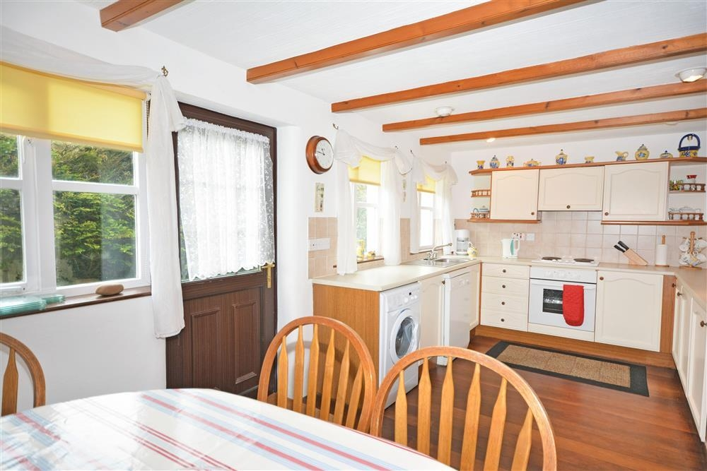 Conifers - Kitchen & Dining - Copy