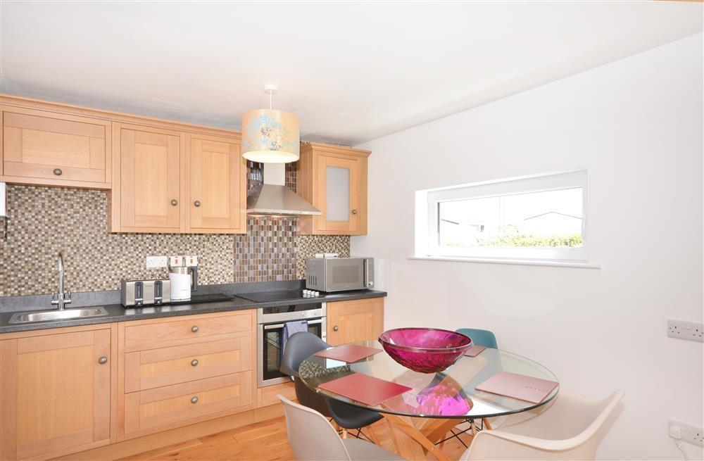 Perran Sands 69 - Kitchen & Dining