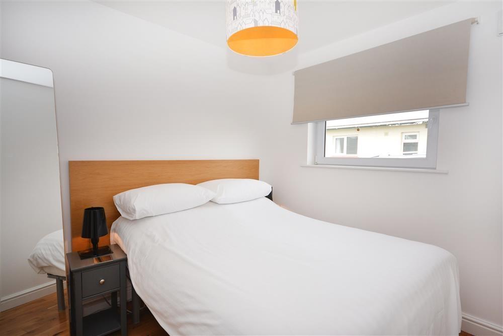 Perran Sands 69 - Double Bedroom