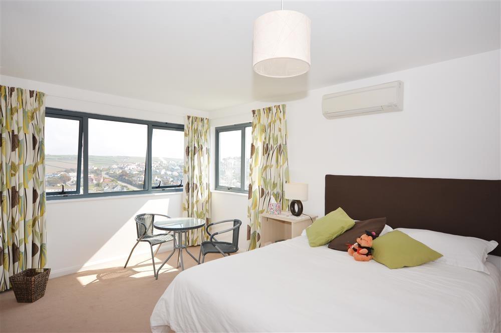 Starboard - Double Bedroom