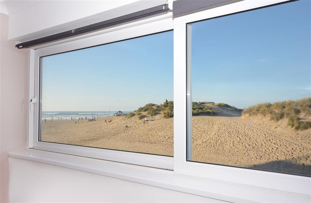 Sand Bay 10 (Sunset Beach) - View