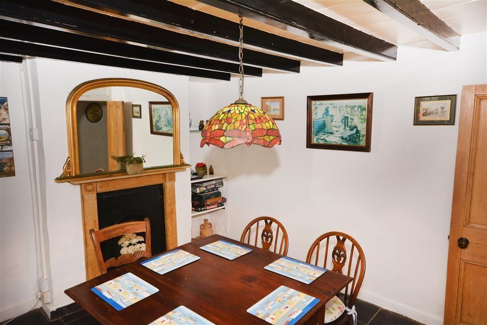 Treth Cottage - Dining