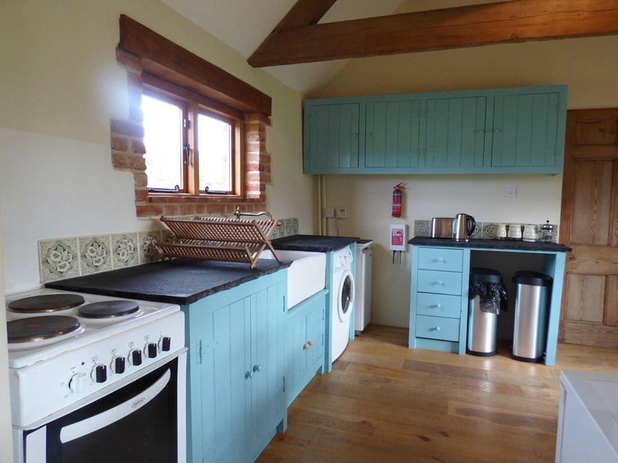 Field Barn House and Cottage | Cottage kitchen