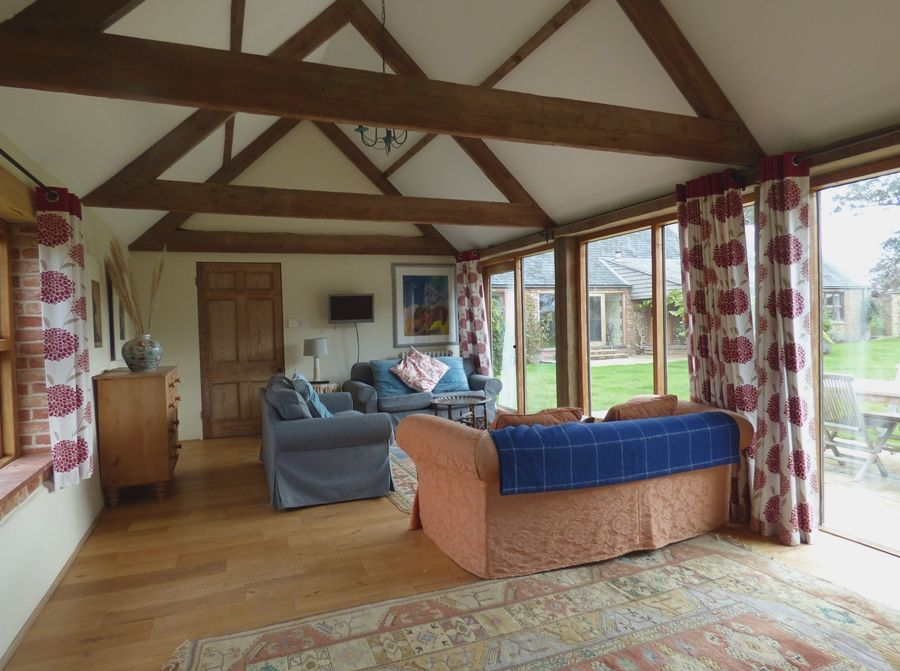 Field Barn House and Cottage | Cottage sitting room