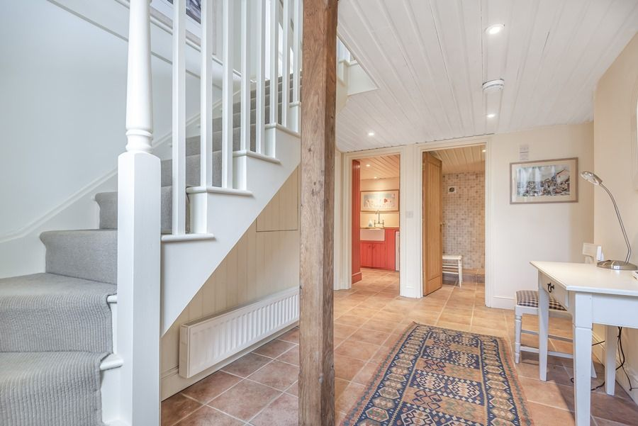 Flagstaff Cottage | Entrance hall